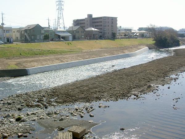 黄瀬川長沢護岸工事