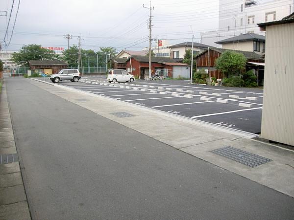 H様邸駐車場工事